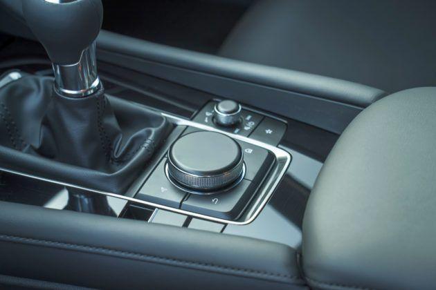 Mazda 3 (2019) - multimedia