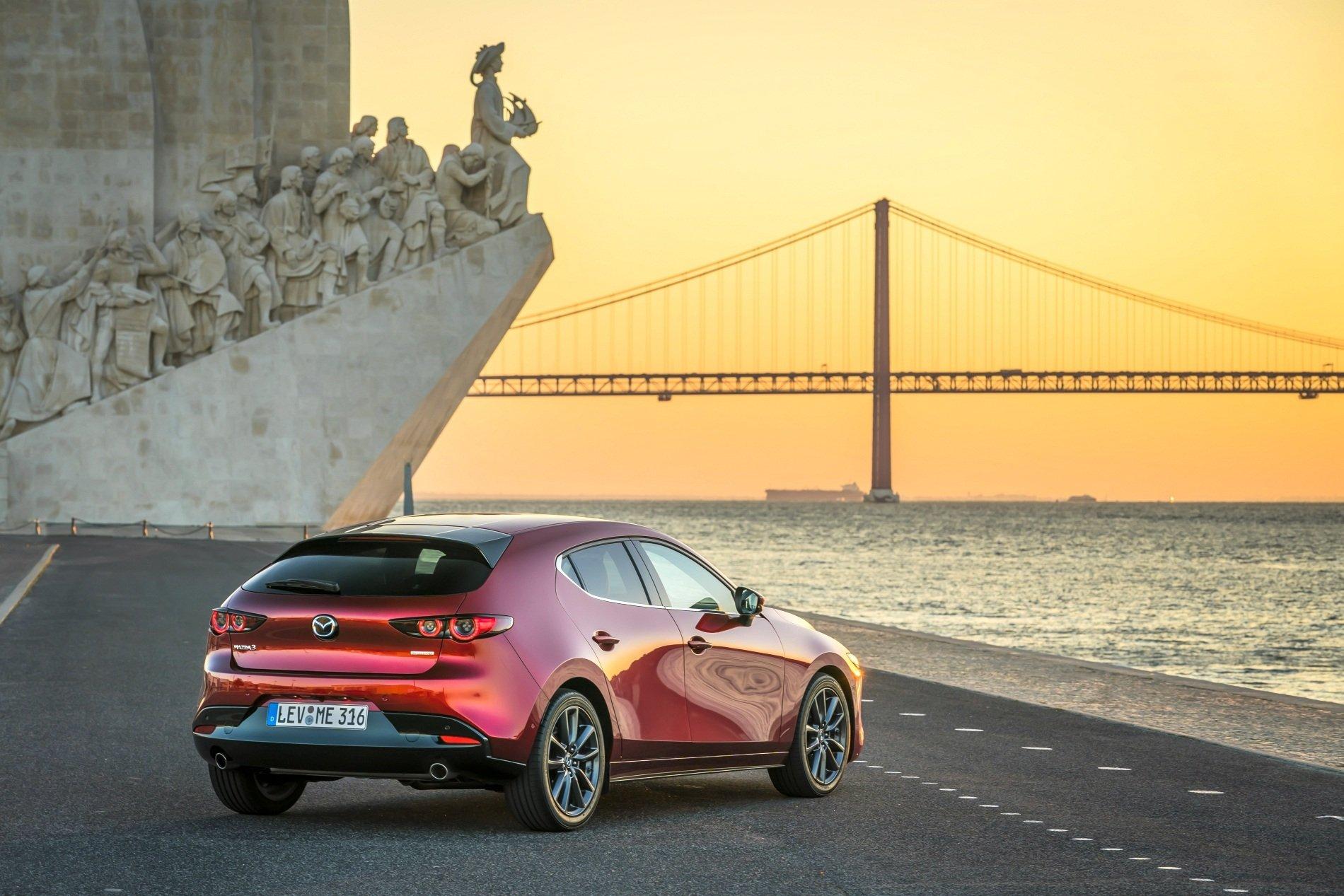 Mazda 3 (2019) - tył