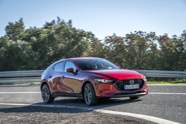 Mazda 3 (2019) - przód