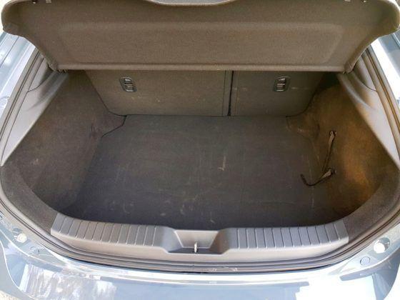 Mazda 3 (2019) - bagażnik