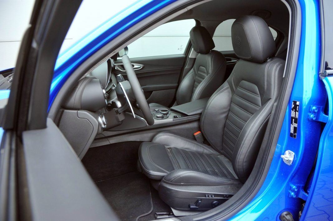 Alfa Romeo Giulia - fotel kierowcy