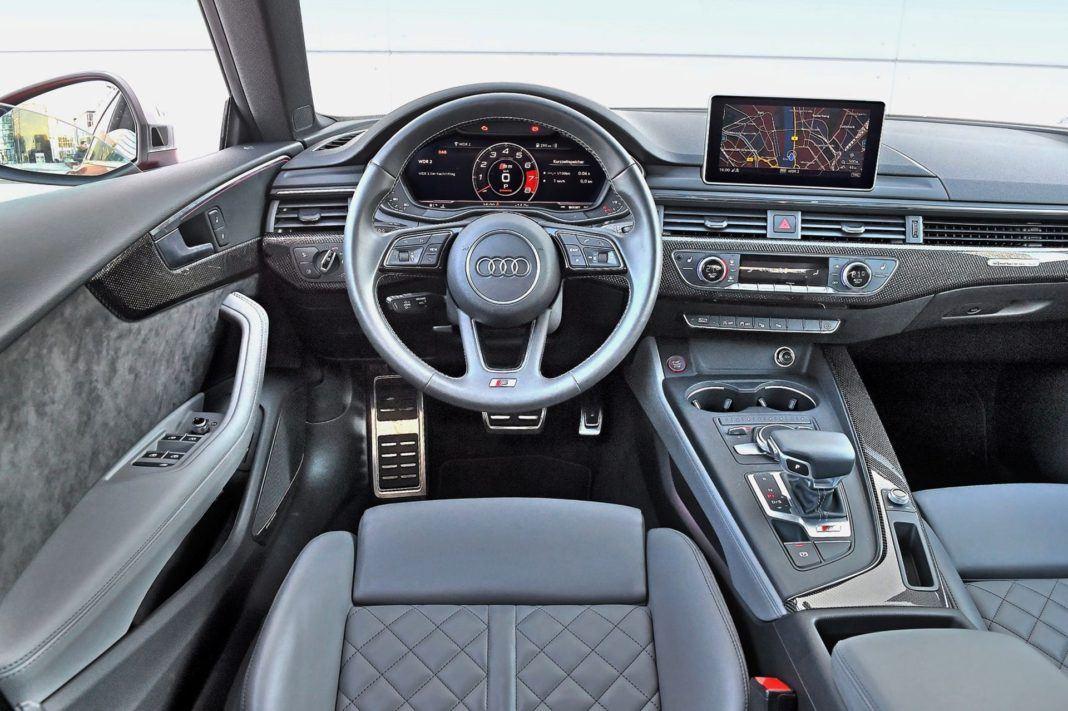 Audi S5 Sportback - deska rozdzielcza