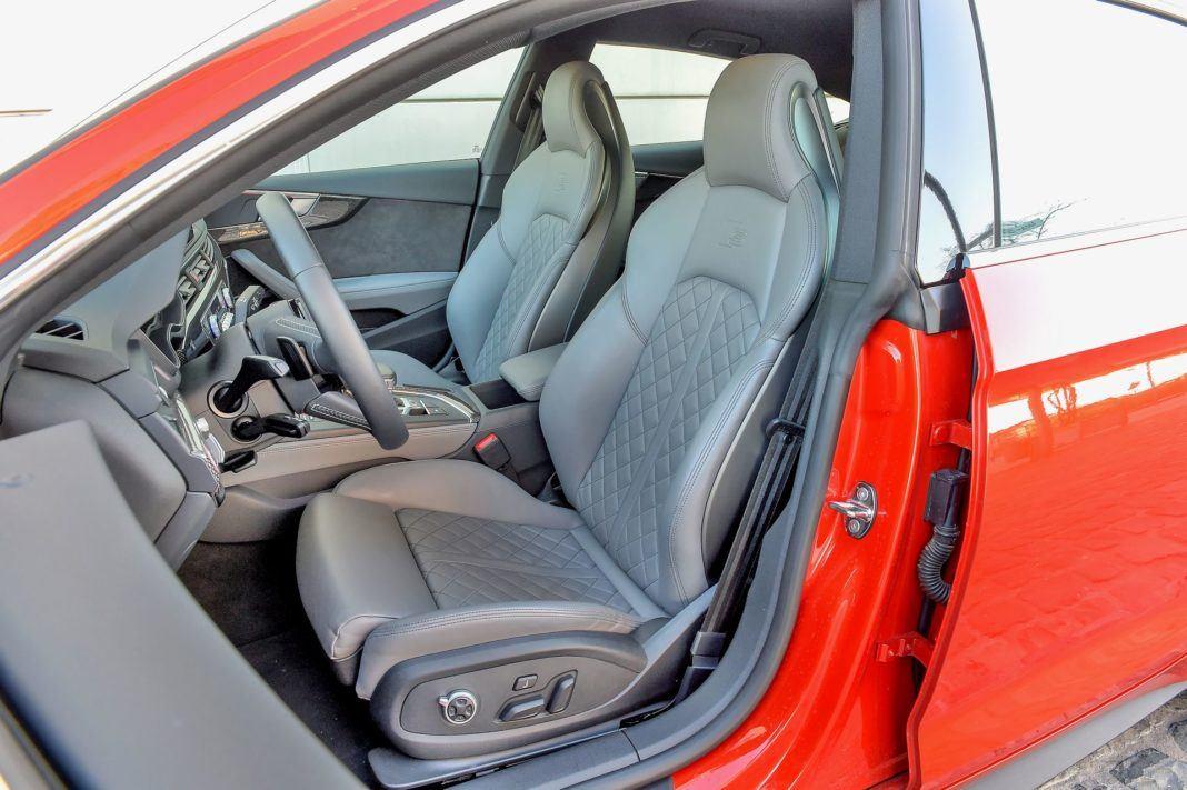 Audi S5 Sportback - fotel kierowcy