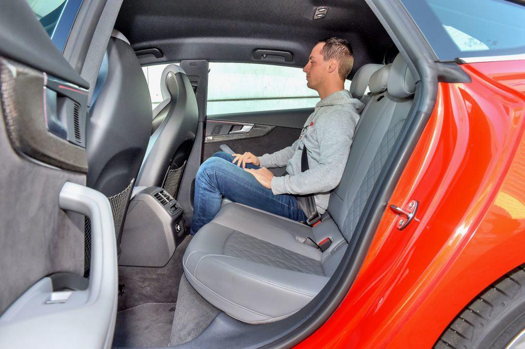 Audi S5 Sportback - kanapa