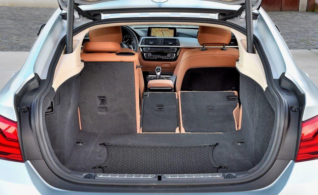 BMW 440i - bagażnik