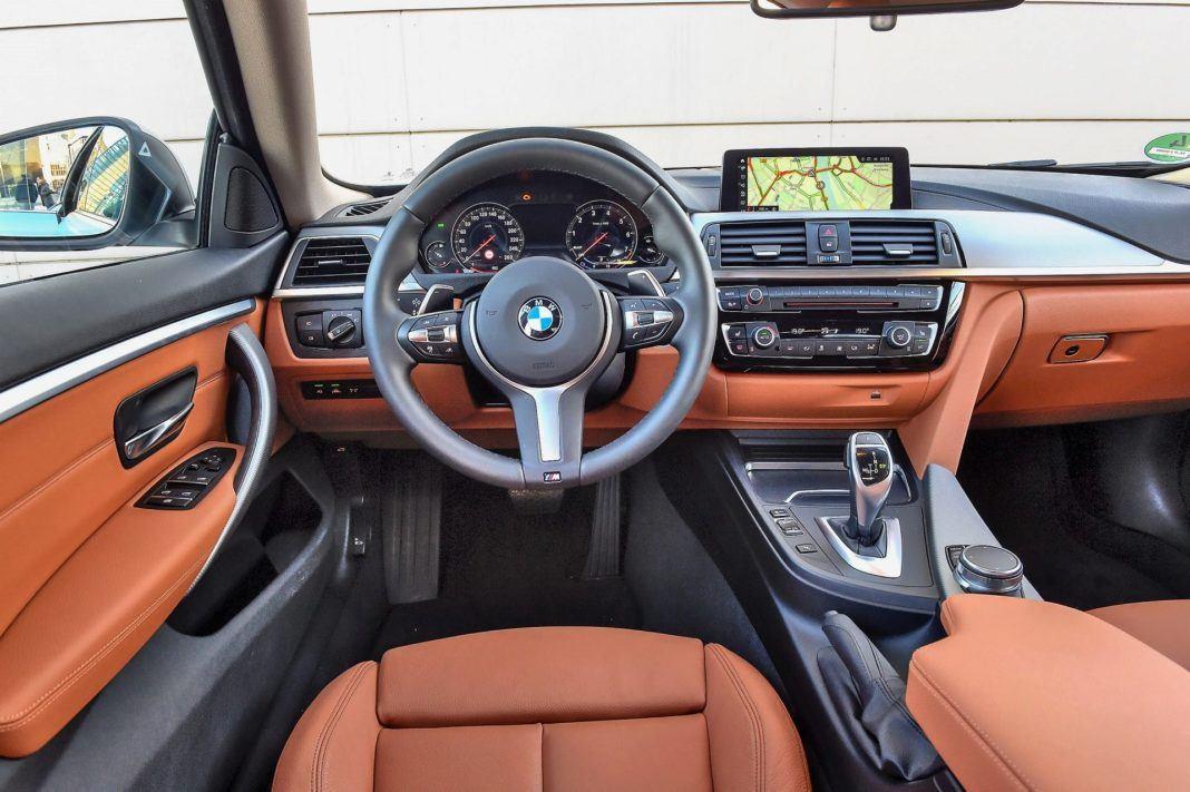 BMW 440i - deska rozdzielcza