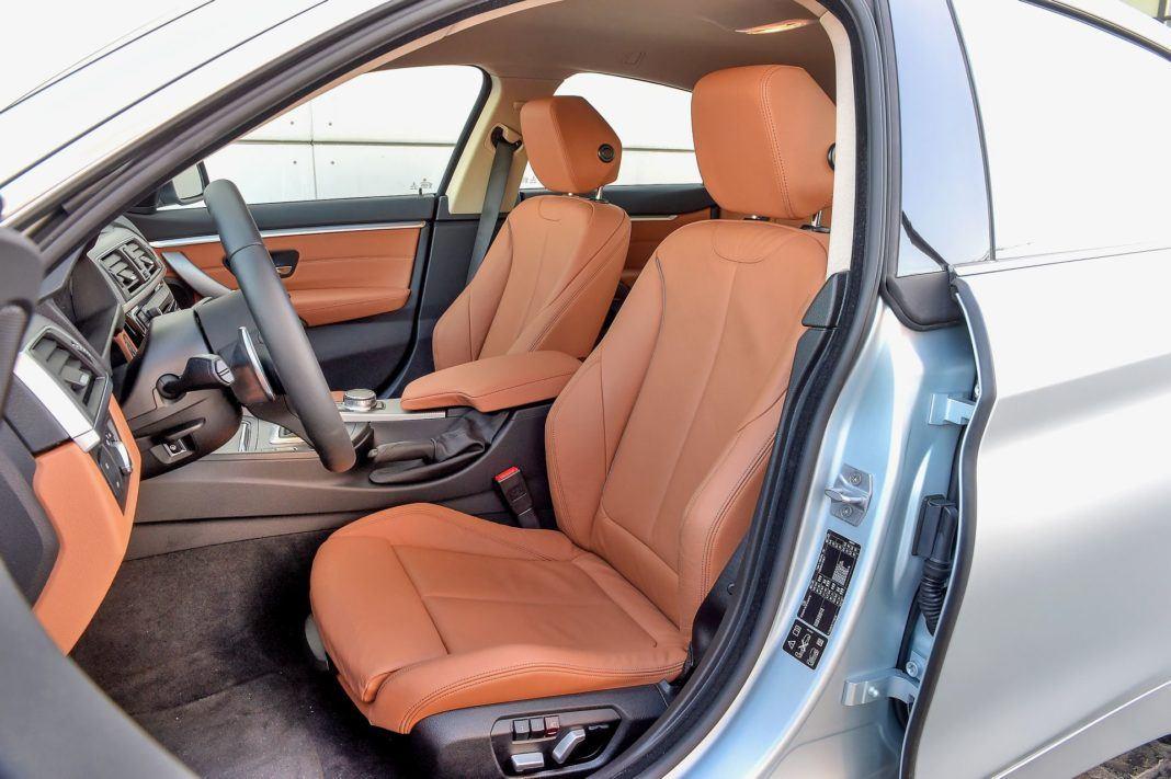 BMW 440i - fotel kierowcy
