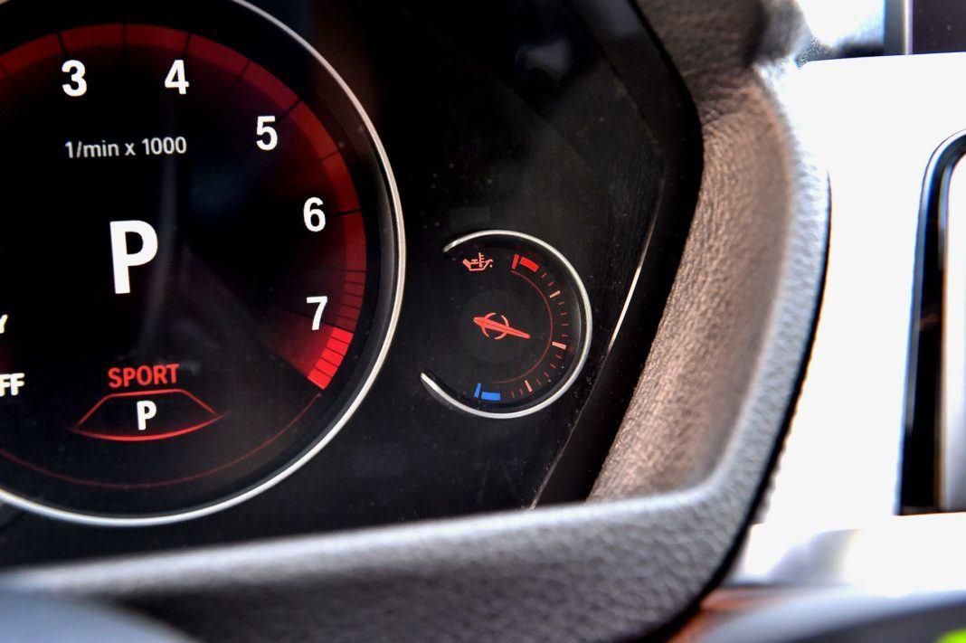 BMW 440i - zegary