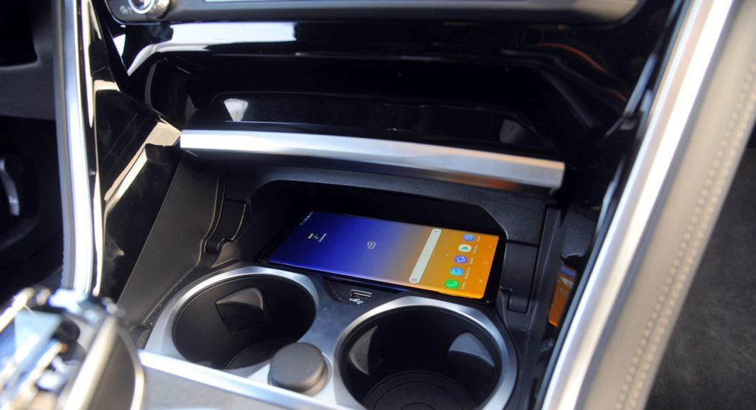 BMW M850i - ładowarka