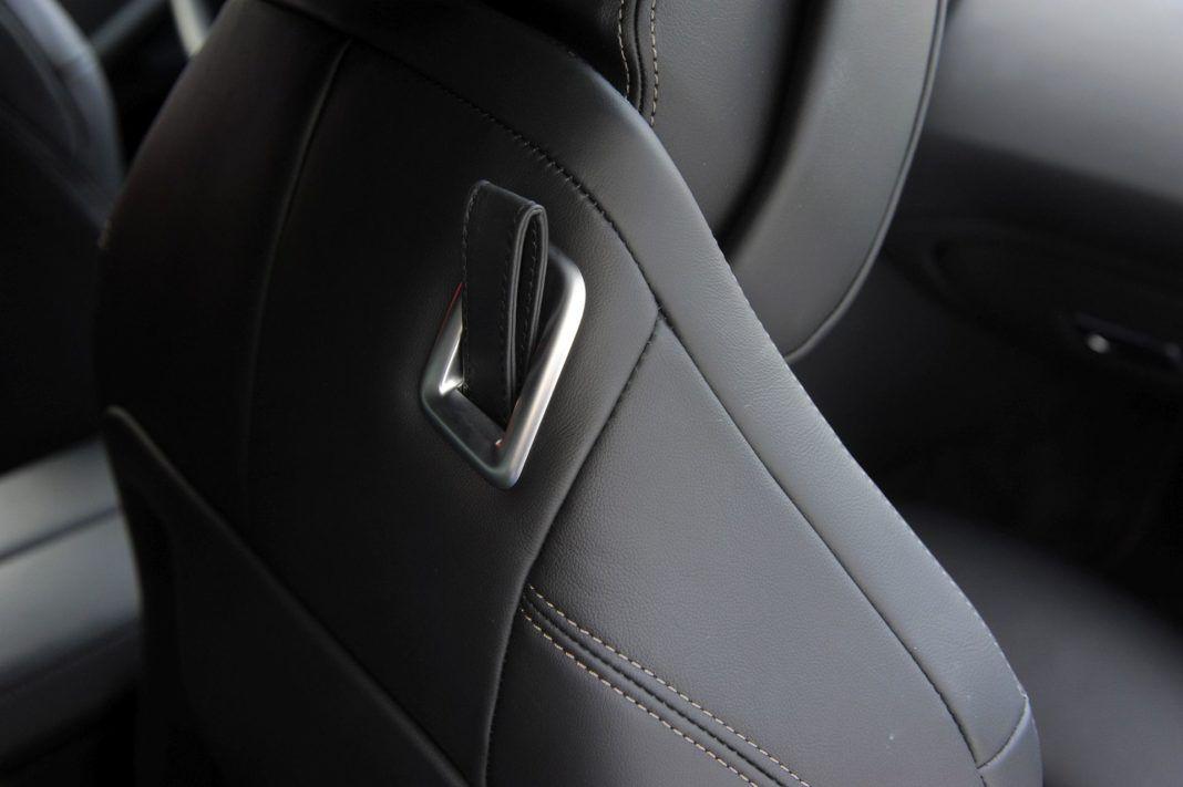 BMW M850i - pasek