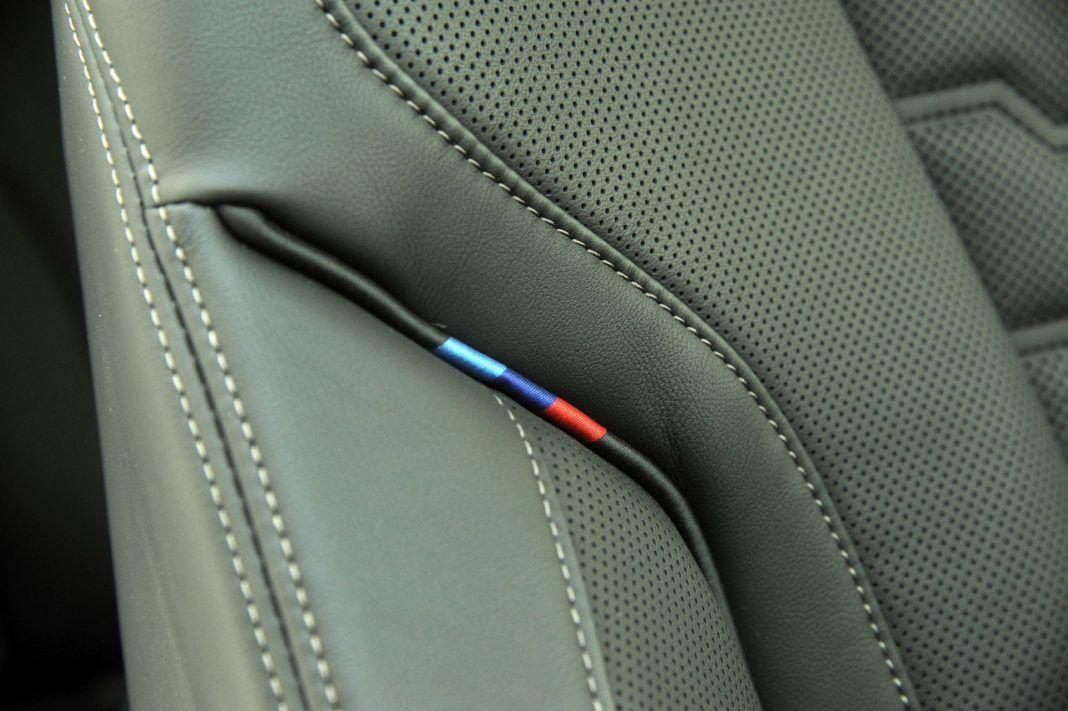 BMW M850i - szew