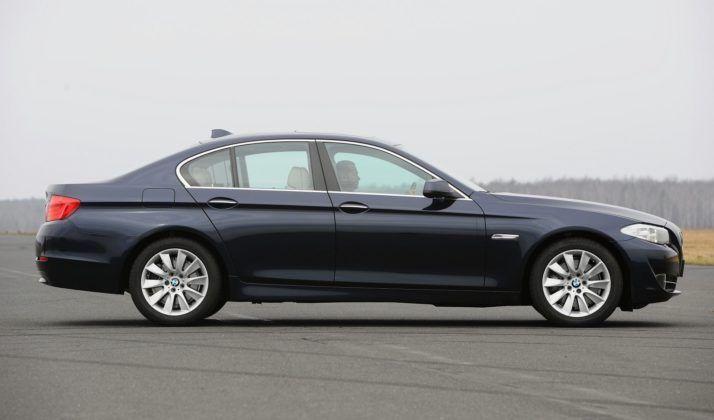 BMW serii 5 (F10) - bok