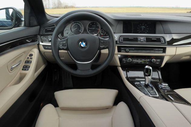 BMW serii 5 (F10) - deska rozdzielcza