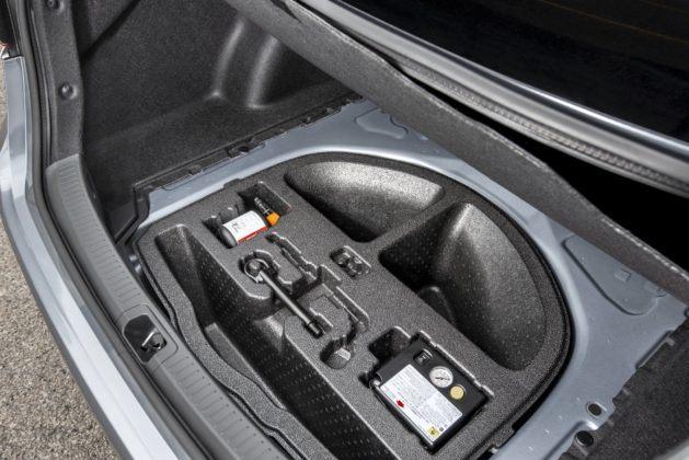 Toyota Corolla sedan (2019) - bagażnik