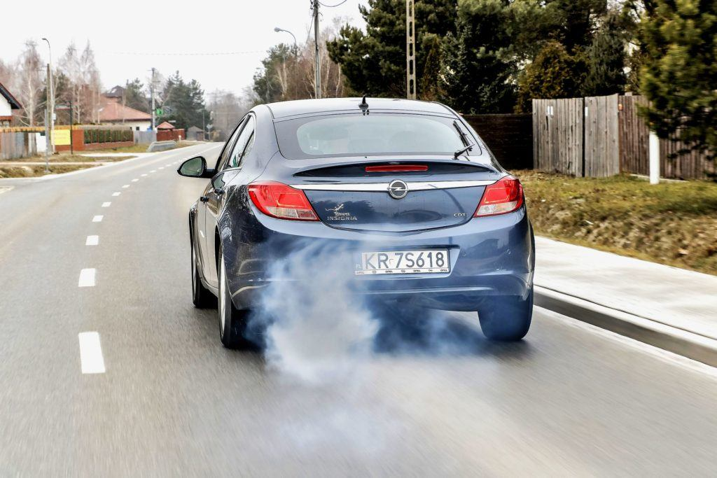 Czyszczenie DPF bez demontażu - dymienie