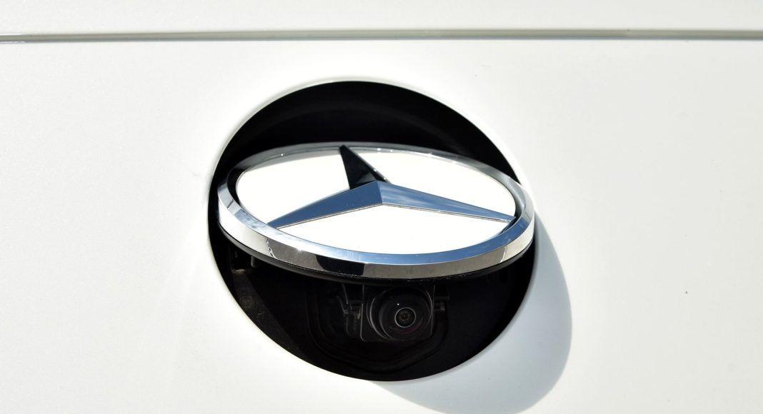 Mercedes CLS - kamera cofania