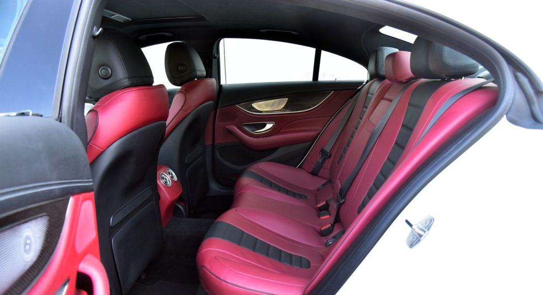 Mercedes CLS - kanapa