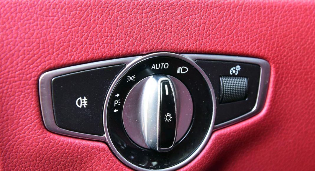 Mercedes CLS - pokrętło