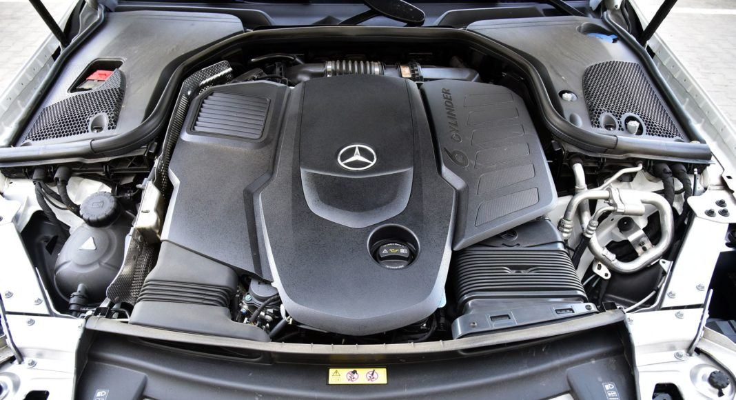 Mercedes CLS - silnik