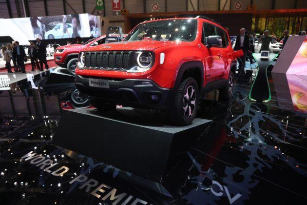 Jeep Renegade 4x4e z hybrydowym napędem plug-in
