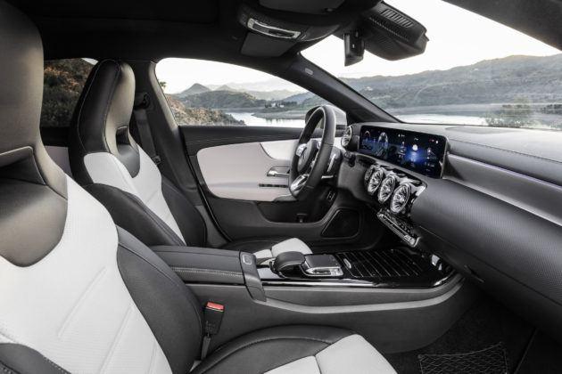 2019 Mercedes-Benz CLA Shooting Brake - wnętrze