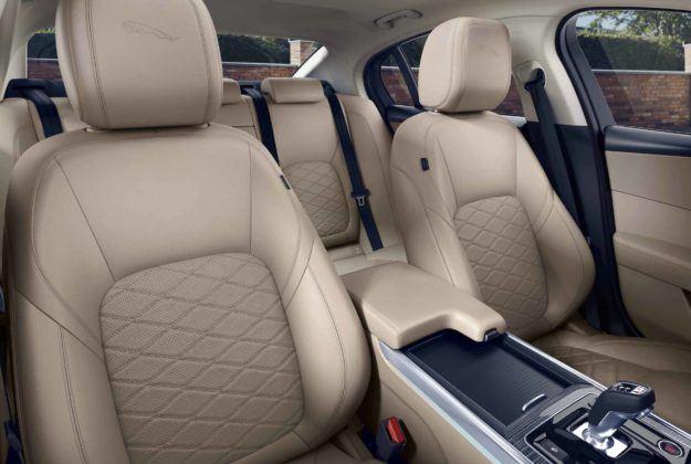 2020 Jaguar XE - fotele