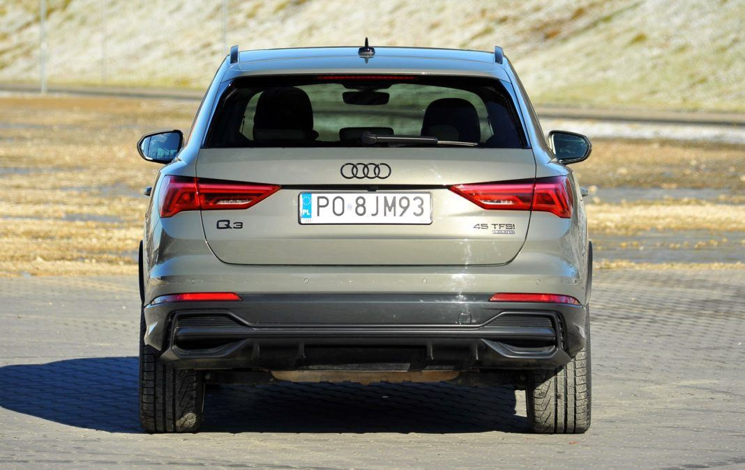 Audi Q3 45 TFSI - tył