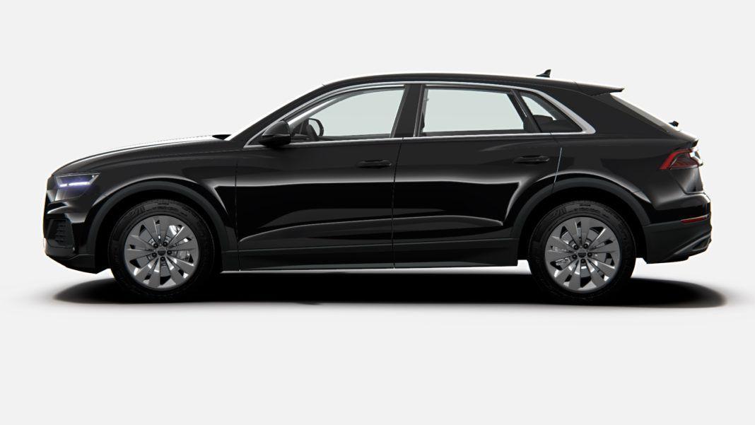 Audi Q8 45 TDI - bok