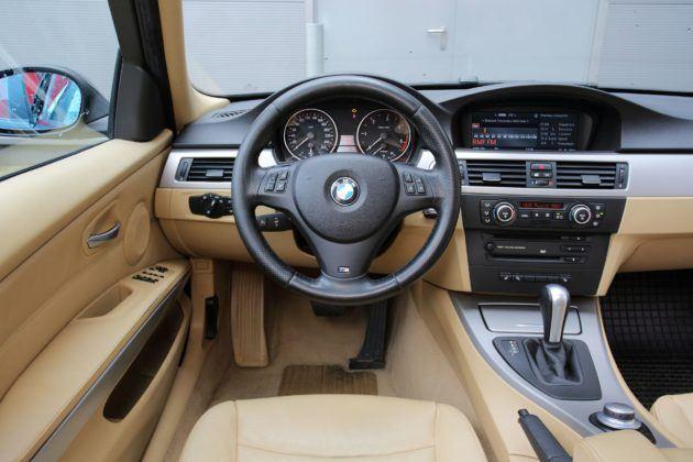 BMW serii 3 E90 - deska rozdzielcza