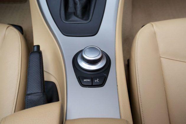 BMW serii 3 E90 - iDrive