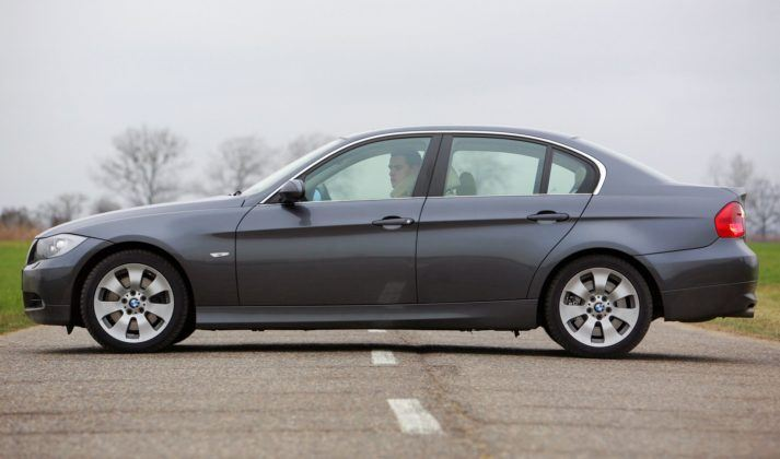 BMW serii 3 E90 - sedan