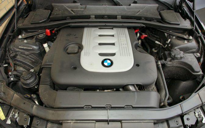 BMW serii 3 E90 - silnik 325d