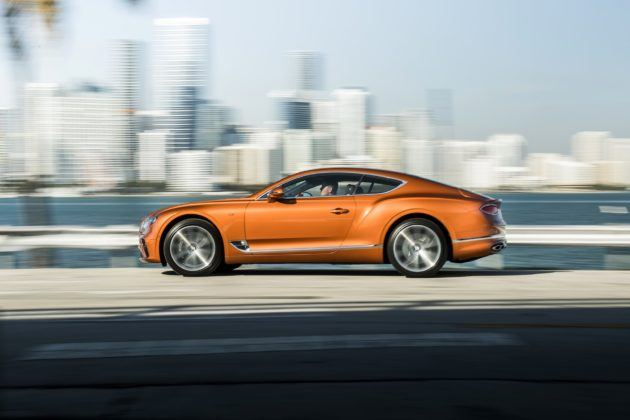 Bentley Continental GT V8 - bok