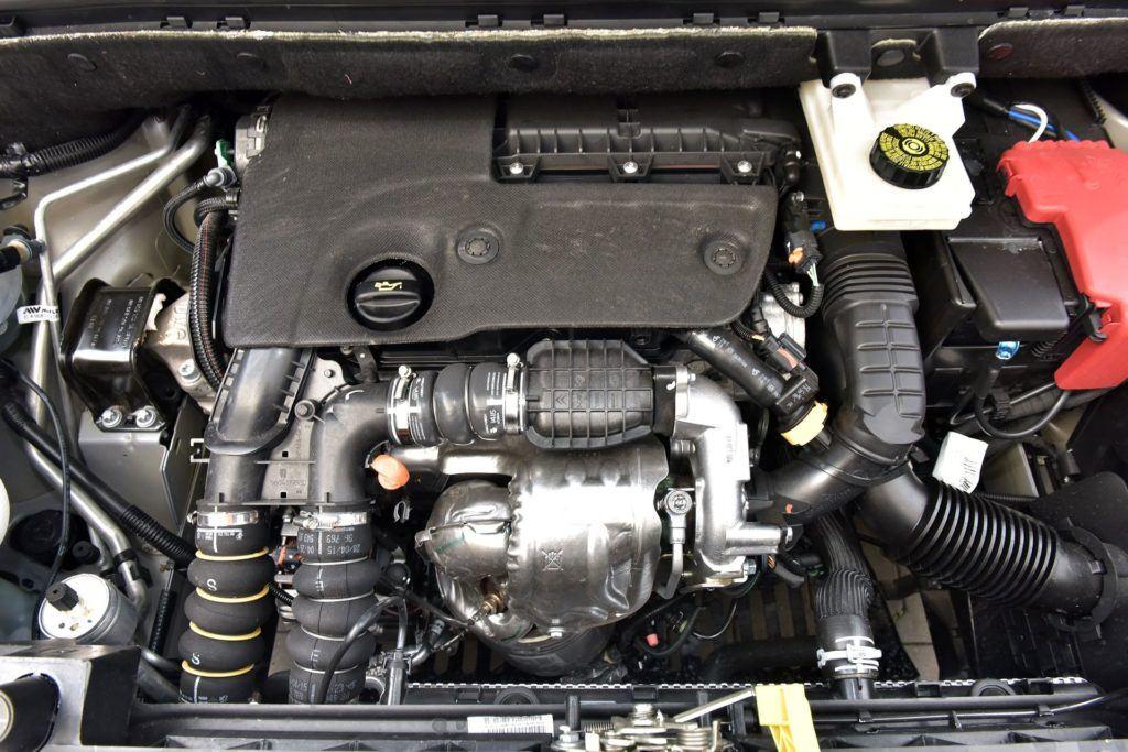 Citroen Berlingo II - silnik (2)