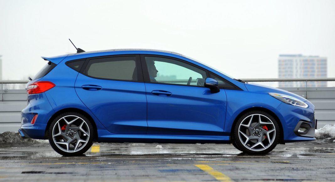 Ford Fiesta VII ST - bok