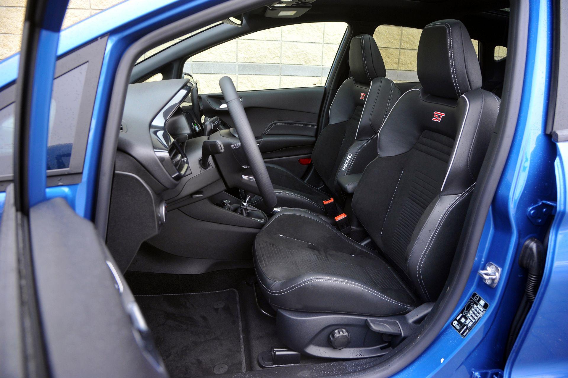 Ford Fiesta ST - fotel kierowcy