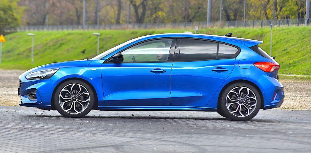 2019 Ford Focus - bok