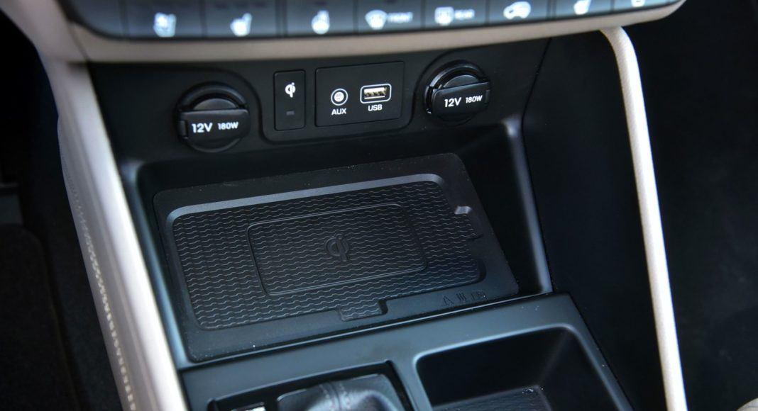 Hyundai Tucson 1.6 T-GDI - ładowarka