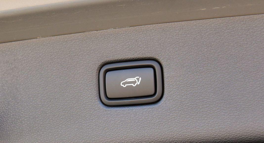 Hyundai Tucson 1.6 T-GDI - elektryczne otwieranie klapy