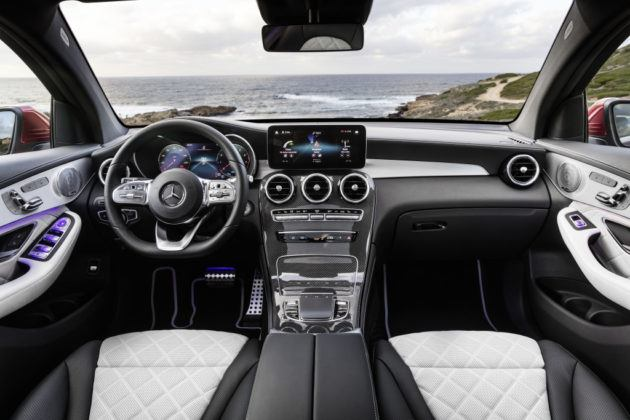 Mercedes GLC Coupe - kokpit