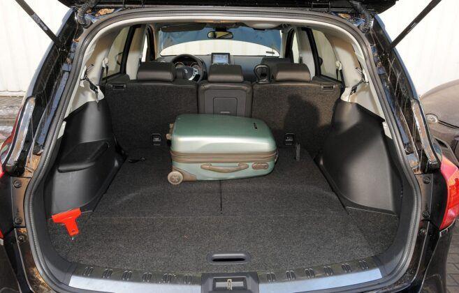 Nissan Qashqai I bagażnik