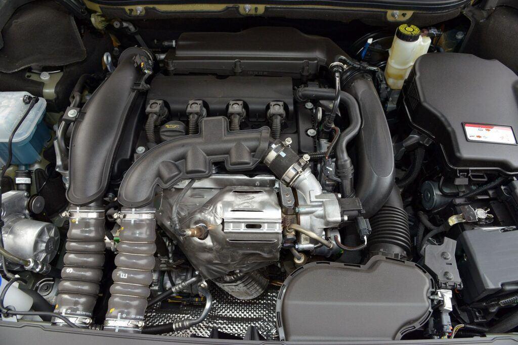 Peugeot 508 I silnik (2)