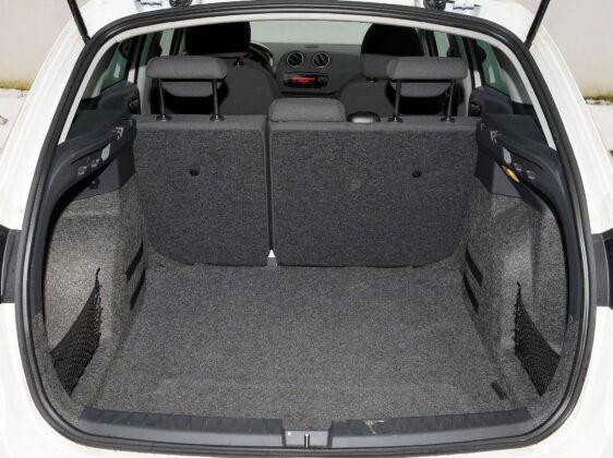 Seat Ibiza IV bagażnik (5)