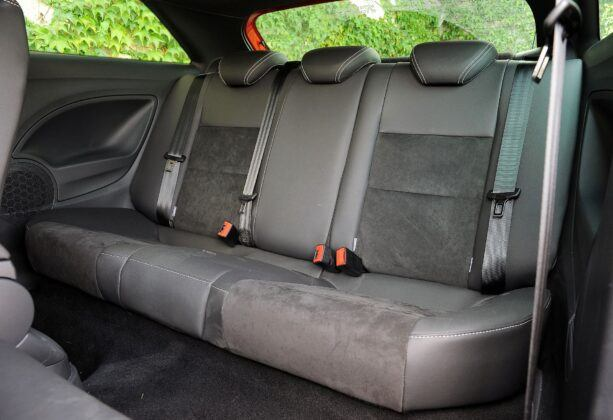 Seat Ibiza IV kanapa (3)