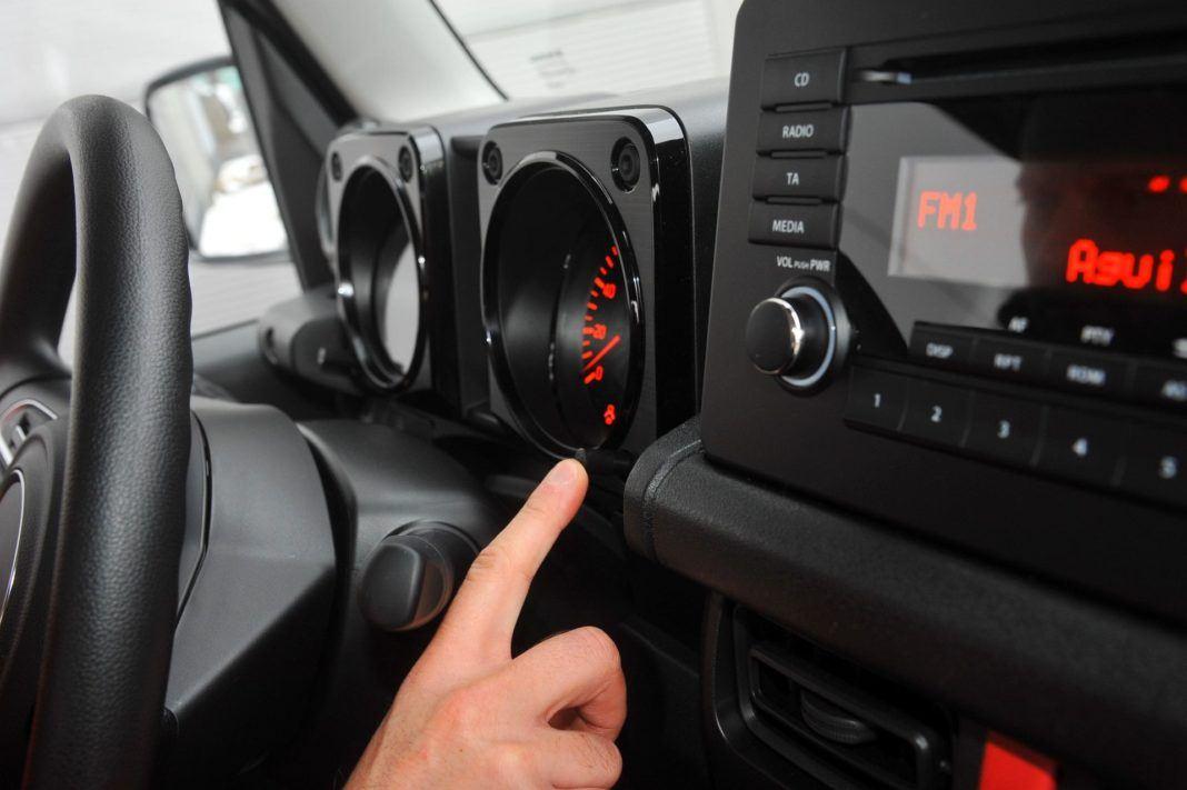 Suzuki Jimny - ustawienia komputera