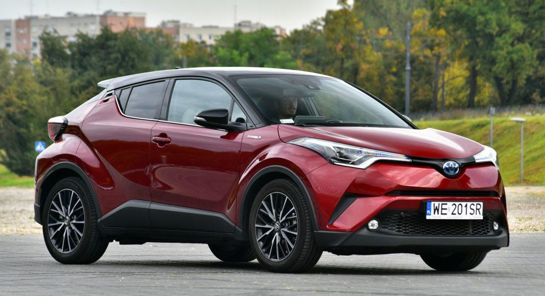 Toyota C-HR Hybrid - przód