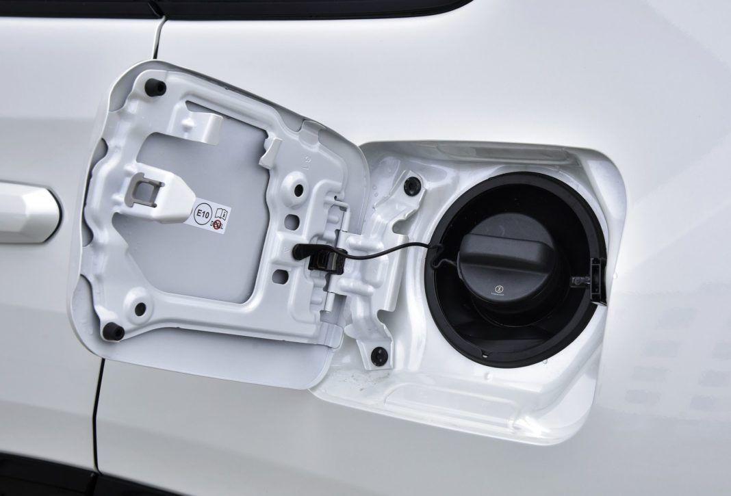 Toyota RAV4 Hybrid - korek