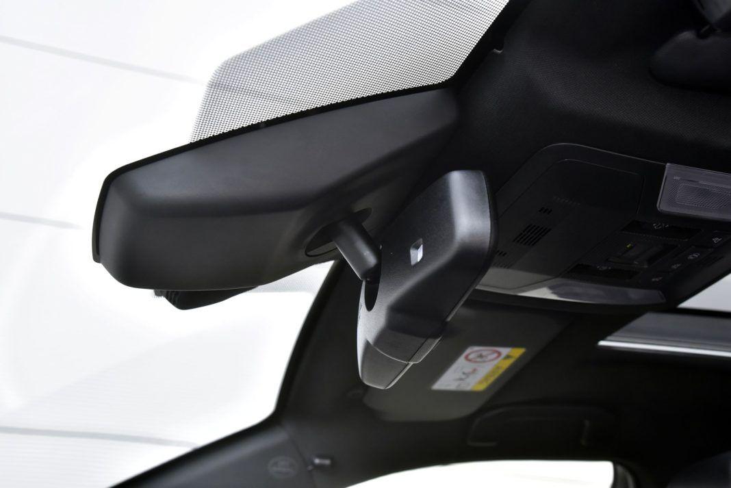 Toyota RAV4 Hybrid - lusterko