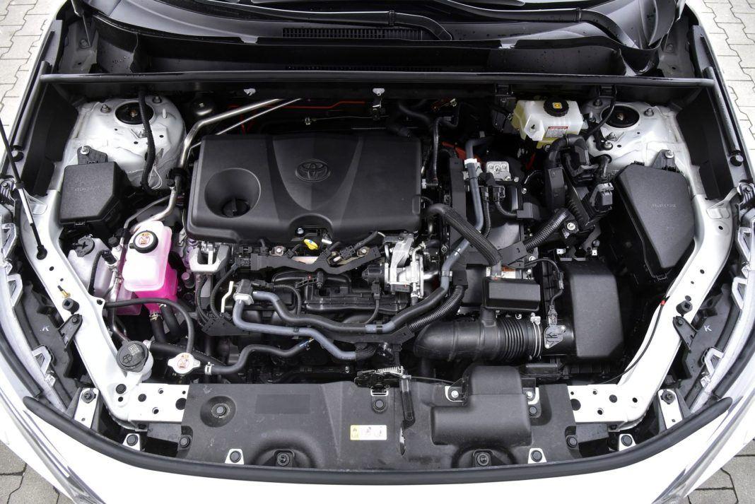 Toyota RAV4 Hybrid - silnik