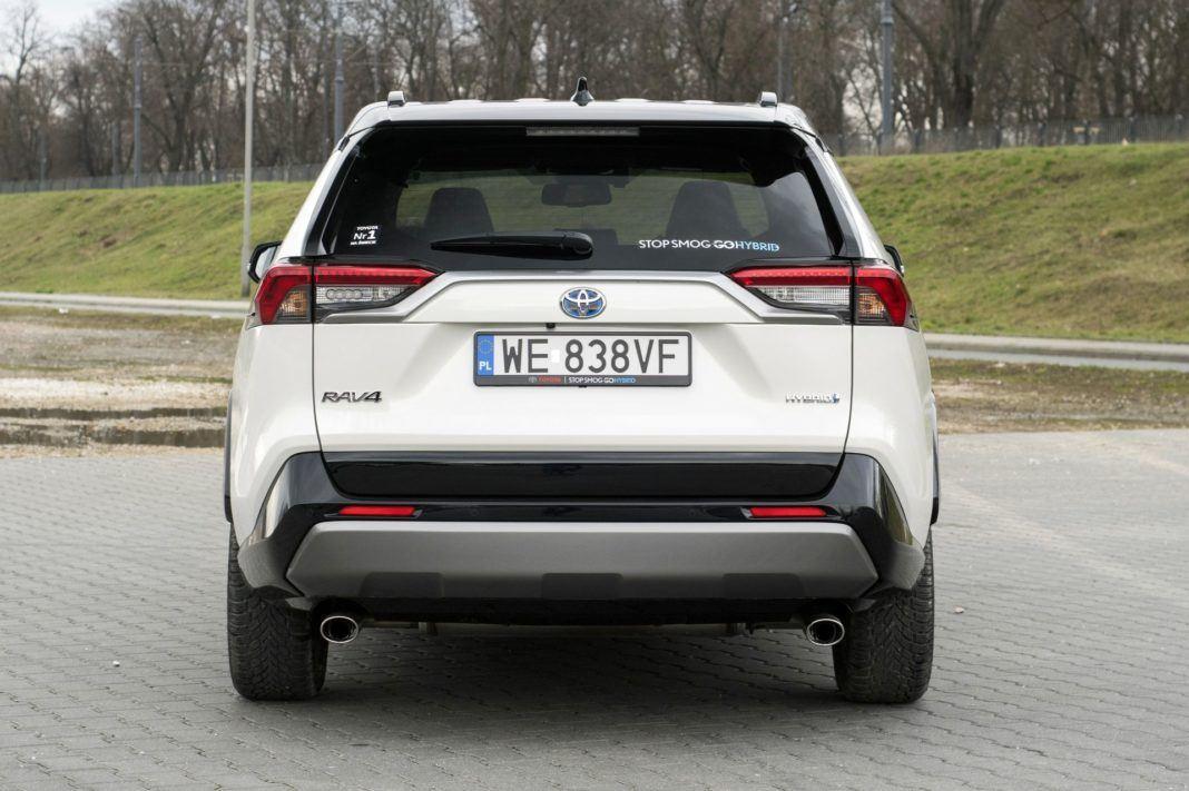 Toyota RAV4 Hybrid - tył